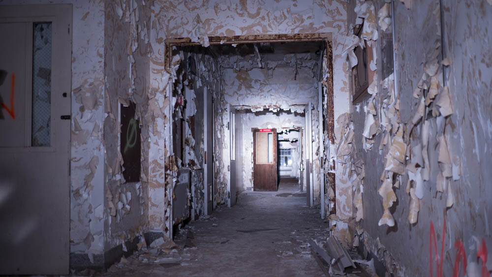abandoned-mental-institution (16 of 31)